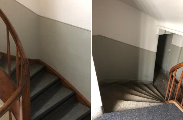 Unverantwortlich: Gewendelte Treppe mit schmalen Stufen innen, ohne Wandhandlauf